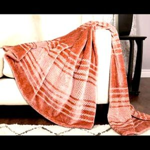 Life Comfort Eco Striped Plush Throw